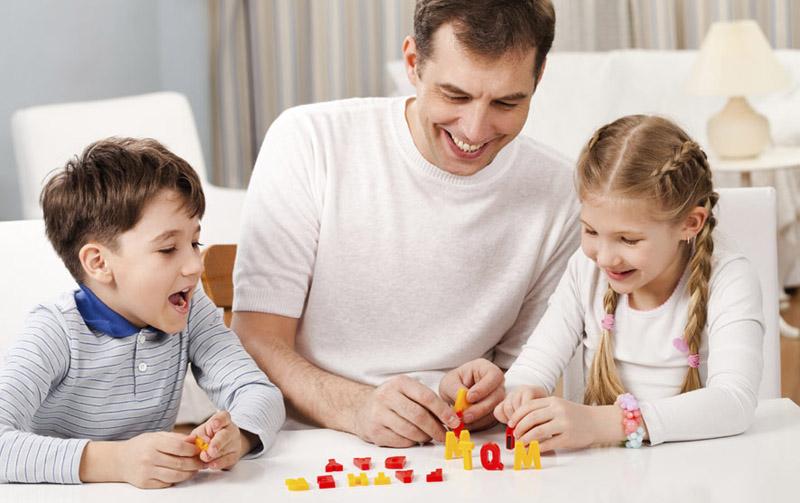 ninitest.com      بازی با کودک: یادگیری و رشد در سال اول